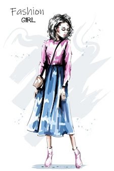 Chica guapa en falda larga. Vector Premium