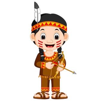 Chica india americana con flecha