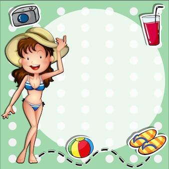 Una chica que llevaba un bikini con un sombrero