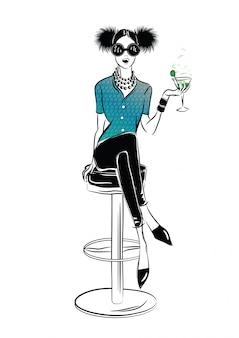 Chica sexy y boca de incendios en el estilo de dibujo sobre un fondo de café de la calle. ilustración vectorial