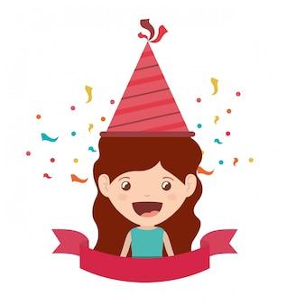Chica con sombrero de fiesta en celebración de cumpleaños