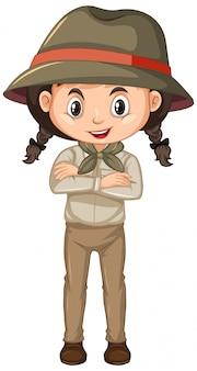 Chica en uniforme scout en blanco