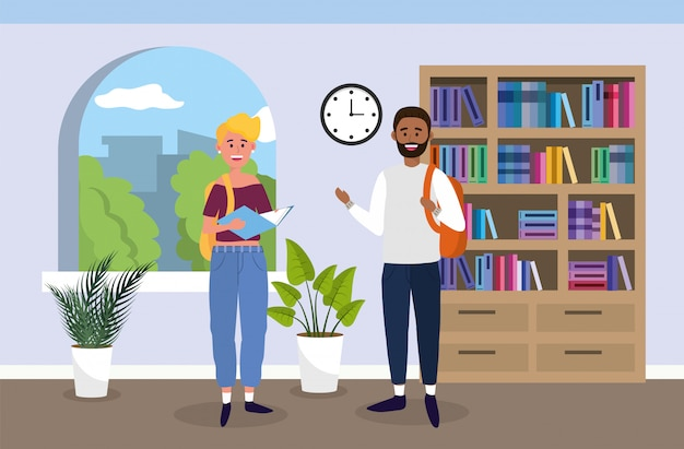 Chica universitaria y chico con libros en el aula
