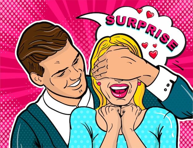 El chico hace una chica sorpresa en una cita.