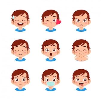 Chico lindo con diferentes expresiones faciales