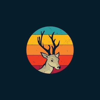 Ciervos y puesta de sol en logo de estilo vintage