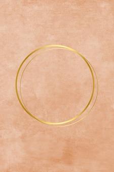 Círculo metálico vacío en pintura.