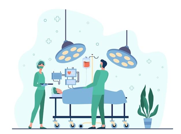 Cirujanos profesionales que rodean al paciente en la ilustración plana de la mesa de operaciones