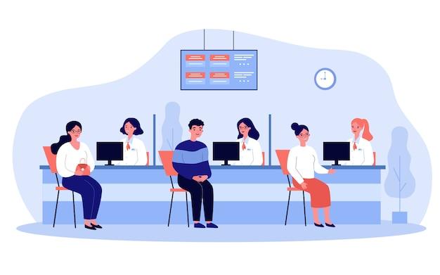 Clientes que consultan a los directores del departamento de crédito