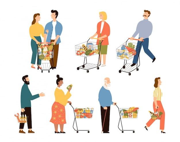 Clientes de supermercados. hombres y mujeres con carritos de compras.