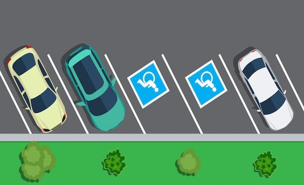 Coches estacionados en el estacionamiento, vista superior.