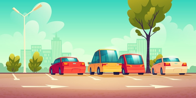 Coches en el estacionamiento de la calle de la ciudad con señalización vial