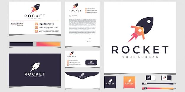 Cohetes y logotipos de casas con papelería.
