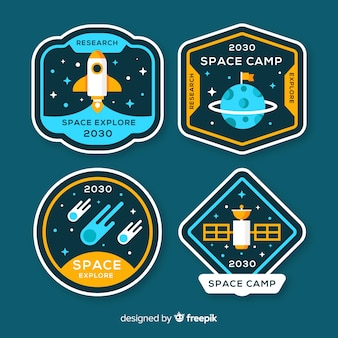 Colección adorable de insignias del espacio con diseño plano