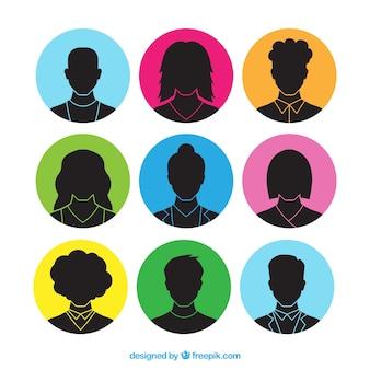 Colección de avatares de siluetas de personas dibujadas a mano