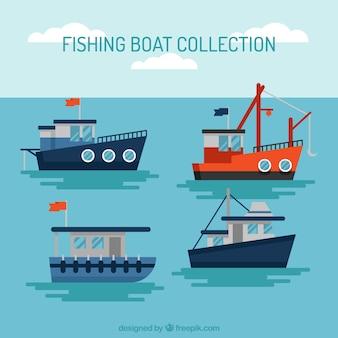 Colección de barco pesqueros navegando en diseño plano