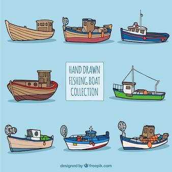 Colección de barcos pesqueros dibujados a mano