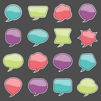 Colección de bocadillos de diálogo a color