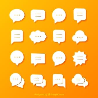 Colección de bocadillos de diálogo en diseño plano