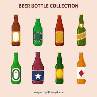 Colección de botellas planas de cerveza con etiqueta