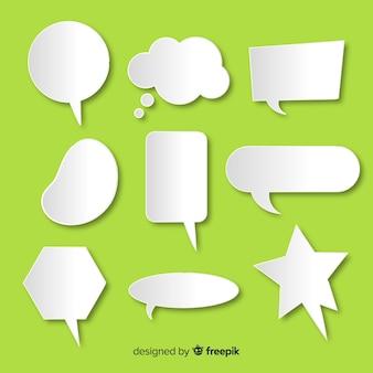 Colección de burbujas de discurso de diseño plano en papel
