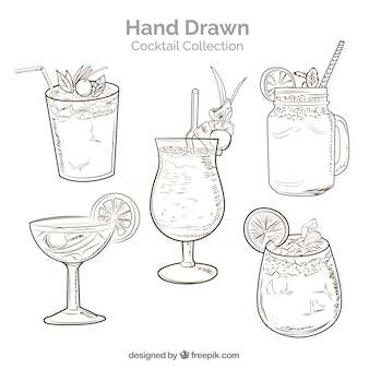 Colección de cócteles dibujados a mano con estilo de boceto