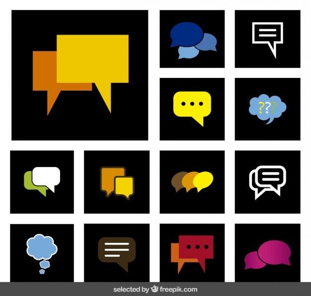Colección colorida de los globos de discurso