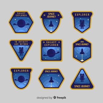 Colección colorida de insignias del espacio con diseño plano