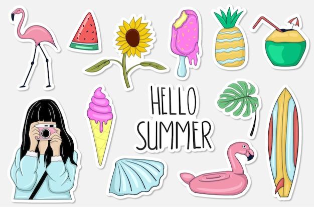 Colección colorida de pegatinas de verano dibujadas a mano