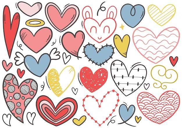 Colección de corazón doodle dibujado a mano