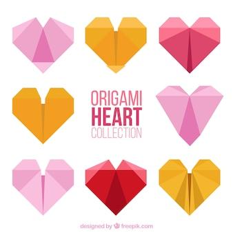 Colección de corazones de colores de origami