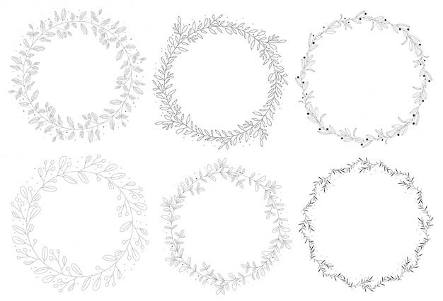 Colección de corona de otoño natural dibujado a mano de doodle