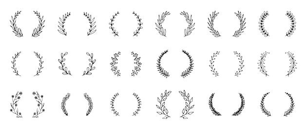 Colección de coronas florales dibujadas a mano estilo doodle