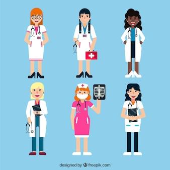 Colección de doctoras diferentes con diferentes herramientas médicas