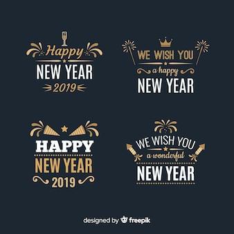 Colección de etiquetas de año nuevo 2019 vintage