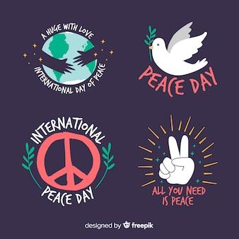 Colección de etiquetas del día de la paz dibujadas a mano