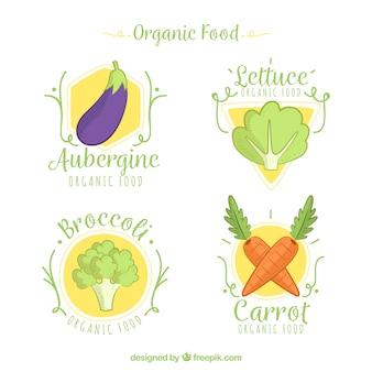 Colección de etiquetas dibujadas a mano con verduras orgánicas