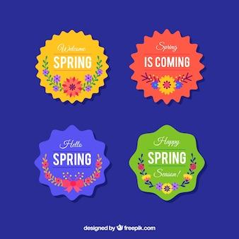 Colección de etiquetas e insignias de primavera