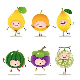 Colección de frutas de dibujos animados aislado en blanco