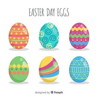 Colección de huevos del día de pascua en diseño plano