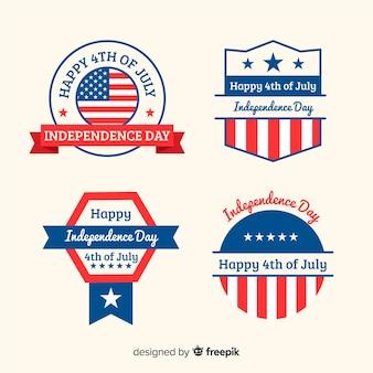 Colección de insignias del 4 de julio en diseño plano
