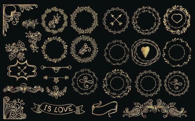 Colección de laureles de oro dibujado a mano y coronas.