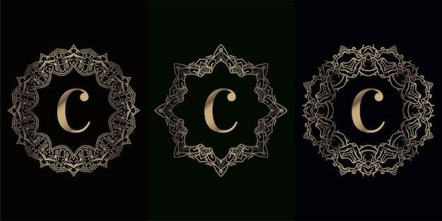 Colección de logo inicial c con flor o adorno de mandala de lujo