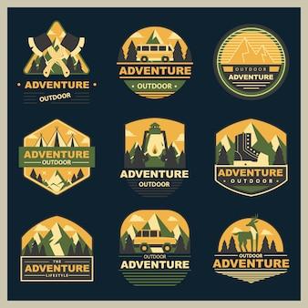Colección de logotipos de insignias de aventura al aire libre