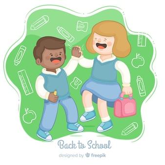 Colección de niños en la vuelta al cole dibujado a mano