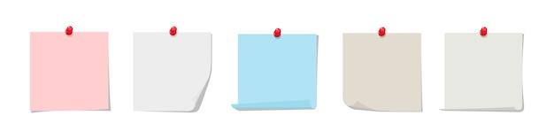 Colección de notas adhesivas. colorido papel adhesivo con pin rojo aislado sobre fondo blanco.