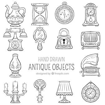 Colección de objetos antiguos dibujados a mano