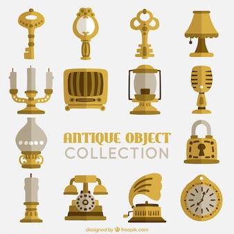 Colección de objetos planos antiguos