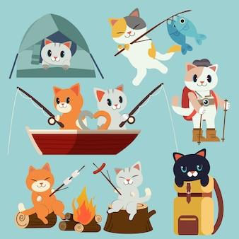 La colección de paquetes de gatos para acampar está lista para ir al picnic de bosque. viaje de acampada y pesca.