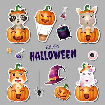Colección de pegatinas halloween con lindo mapache, rinoceronte, tigre y unicornio